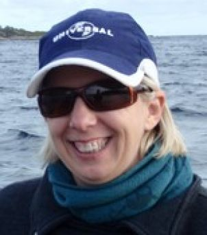 Photo of Dr Michelle Heupel