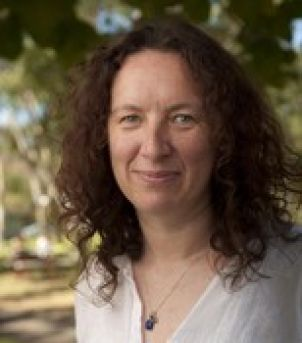 Photo of Dr Maxine Newlands