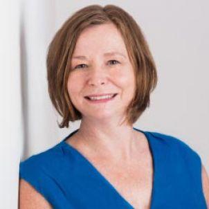Photo of Associate Professor Lisa Law