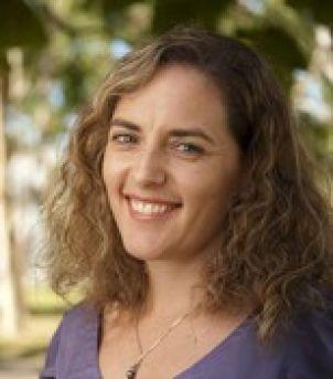 Photo of Dr Naomi Gardiner