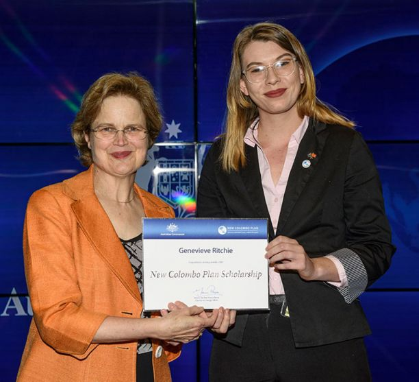 Genevieve Ritchie receiving New Colombo scholarship
