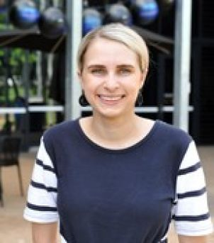 Photo of Dr Ariana Lambrides