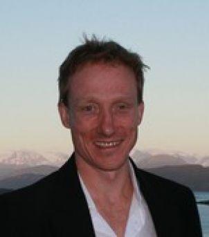 Photo of Associate Professor David Bourne