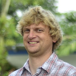 Photo of Dr Neil Hutchinson
