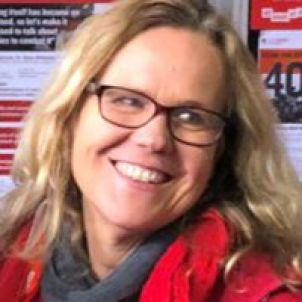 Photo of Professor Lisa Brophy
