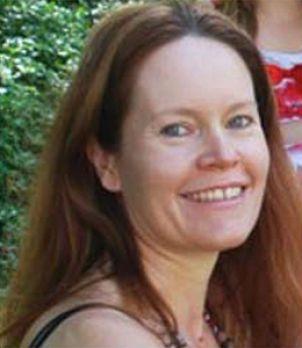 Photo of Associate Professor Melissa Crowe