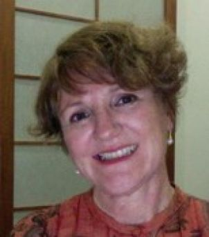 Photo of Dr Shelley Greer