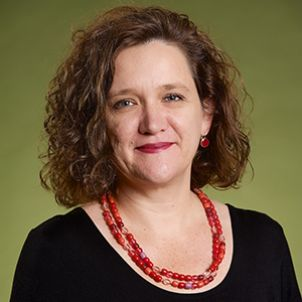 Photo of Dr Karen Murphy