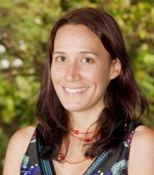 Photo of Dr Theresa Petray