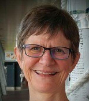 Photo of Dr Jo Mensinga