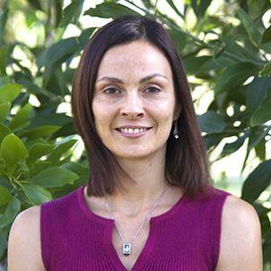 Photo of Dr Agnes Le Port
