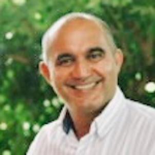 Photo of Professor John Ginger