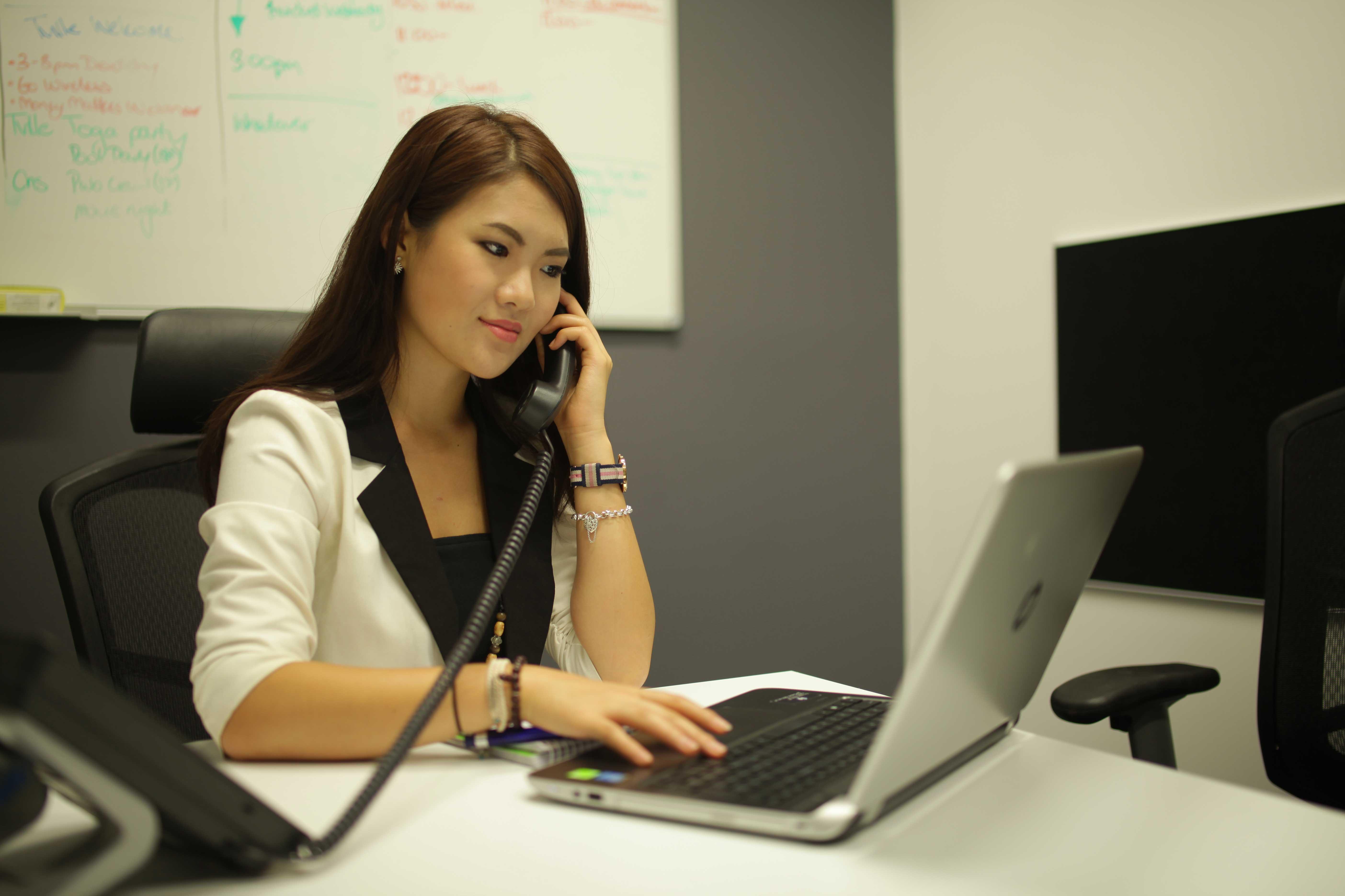 Yue Zhang - Bachelor of Business