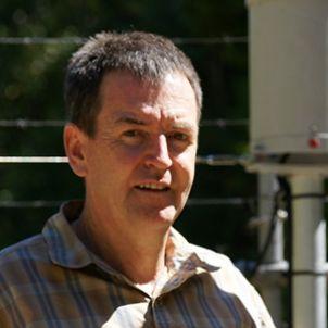 Photo of Associate Professor Mike Liddell