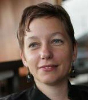 Photo of Dr Ariella Van Luyn