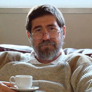 Photo of Dr Peter Crossman