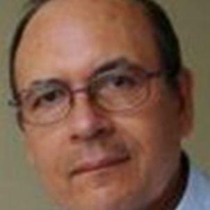 Photo of Professor Oscar E. Aguilera F.