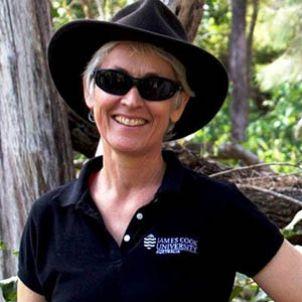Photo of Associate Professor Ellen Ariel