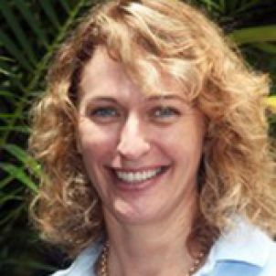 Photo of Associate Professor Susan Laurance